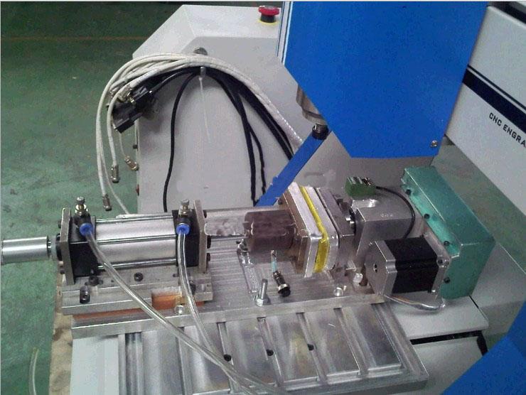 轮廓控制sic-330s四轴联动雕刻机